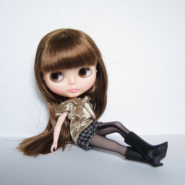 Blythe Raspberry Sorbet doll with brown hair and eyes