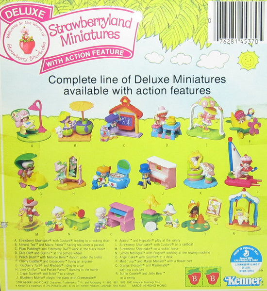 Deluxe Strawberryland Miniatures