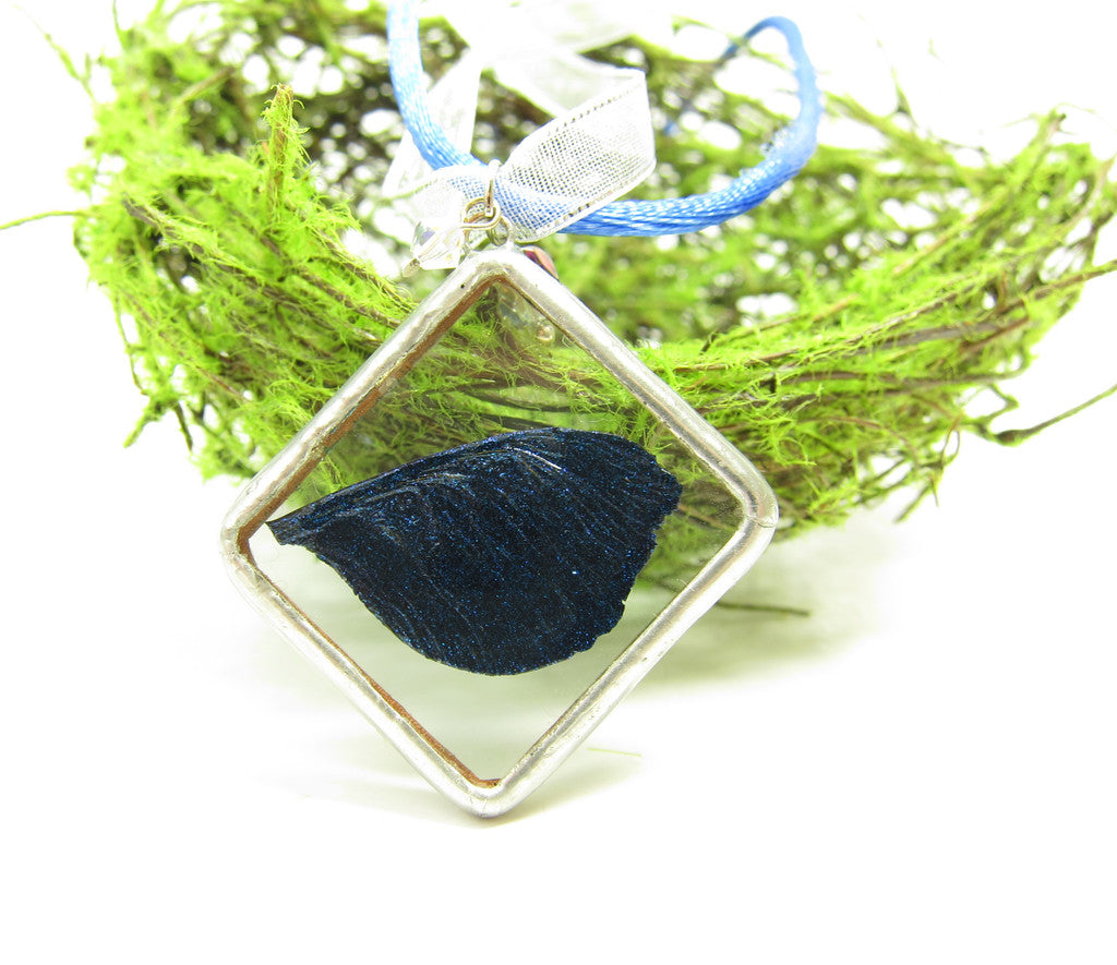 Royal Blue Fairy Wing Soldered Pendant Necklace