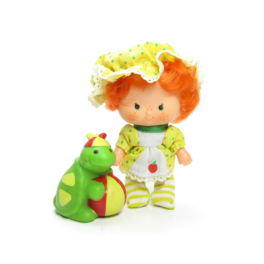 Apple Dumplin Party Pleaser Doll with Tea Time Turtle Pet