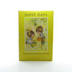 Daisy Days Vintage 1970 Hallmark Mini Book - Happy Moments of Seeking and Sharing