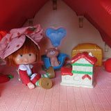 Berry Happy Home merry attic dollhouse toy