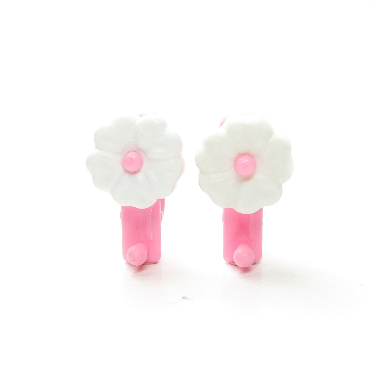 Charmkins Petal Earrings with white flowers