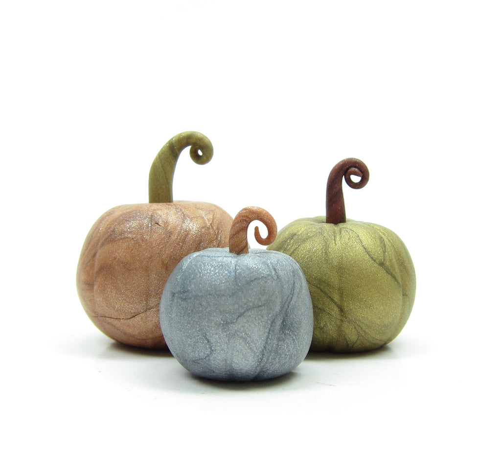 Miniature Pumpkins Polymer Clay Metallic Pumpkin Figurines for Autumn, Thanksgiving
