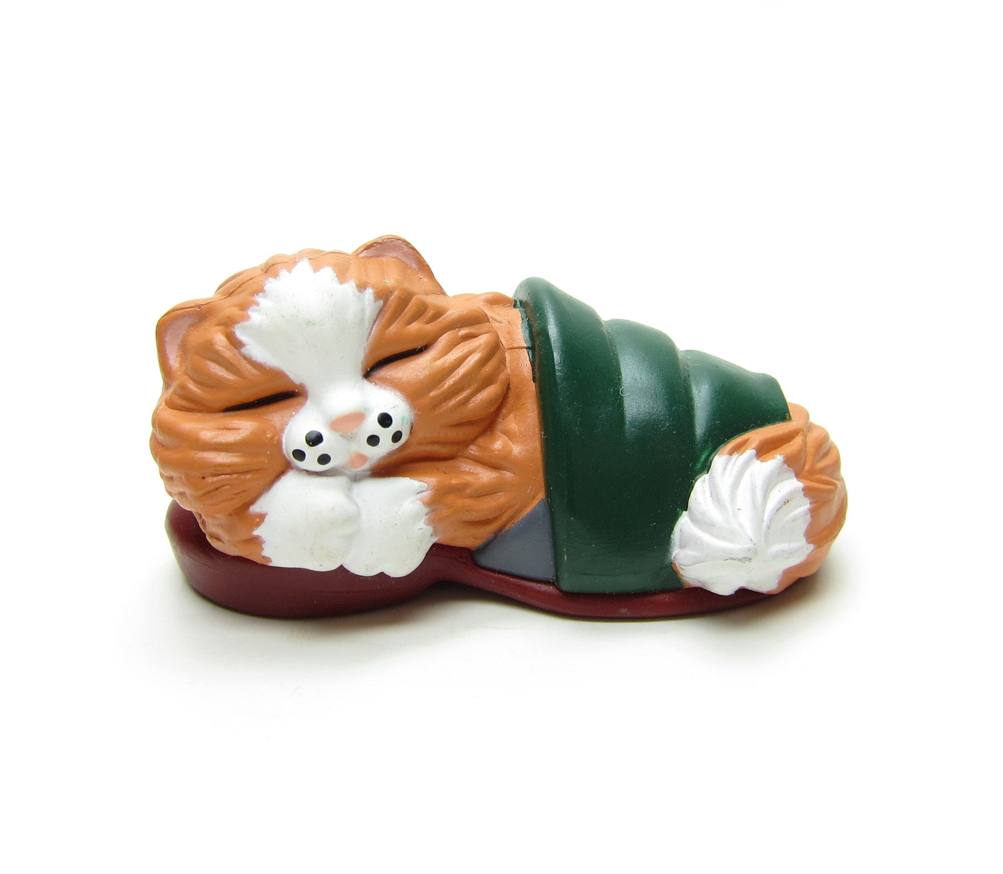 Kitten in Slipper Hallmark Merry Miniatures figurine