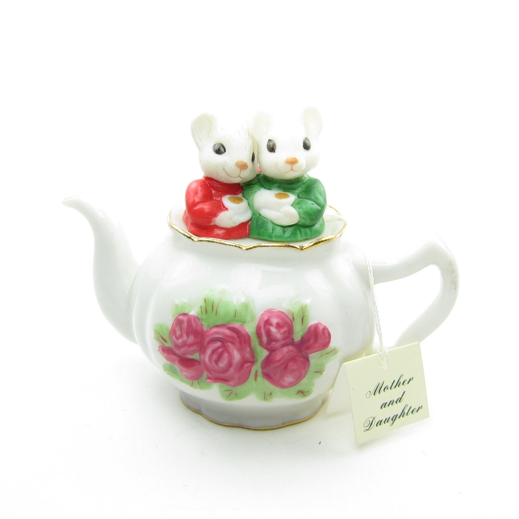Mother & Daughter Mice in Tea Pot 2000 Hallmark Ornament