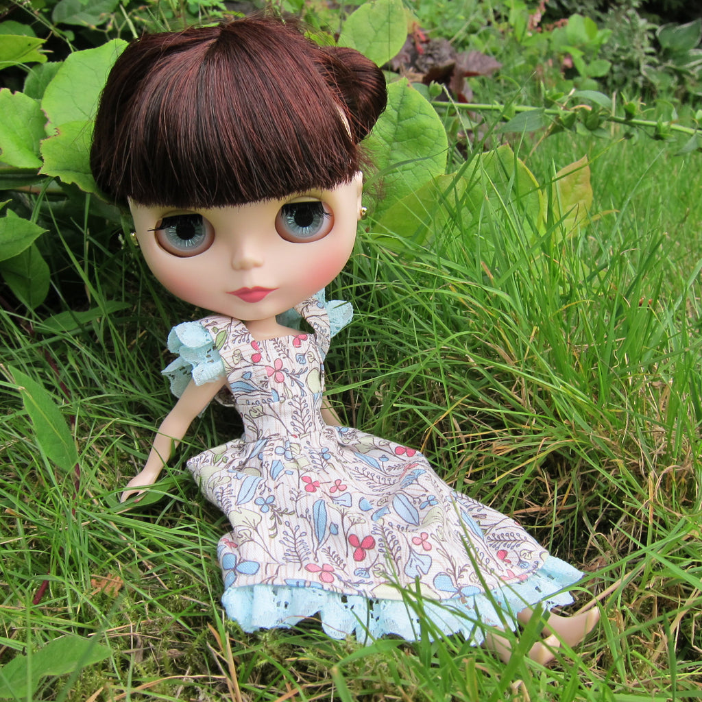 Blythe Dress Mori Girl Style with Pastel Flowers, Aqua Blue Lace for Neo Dolls