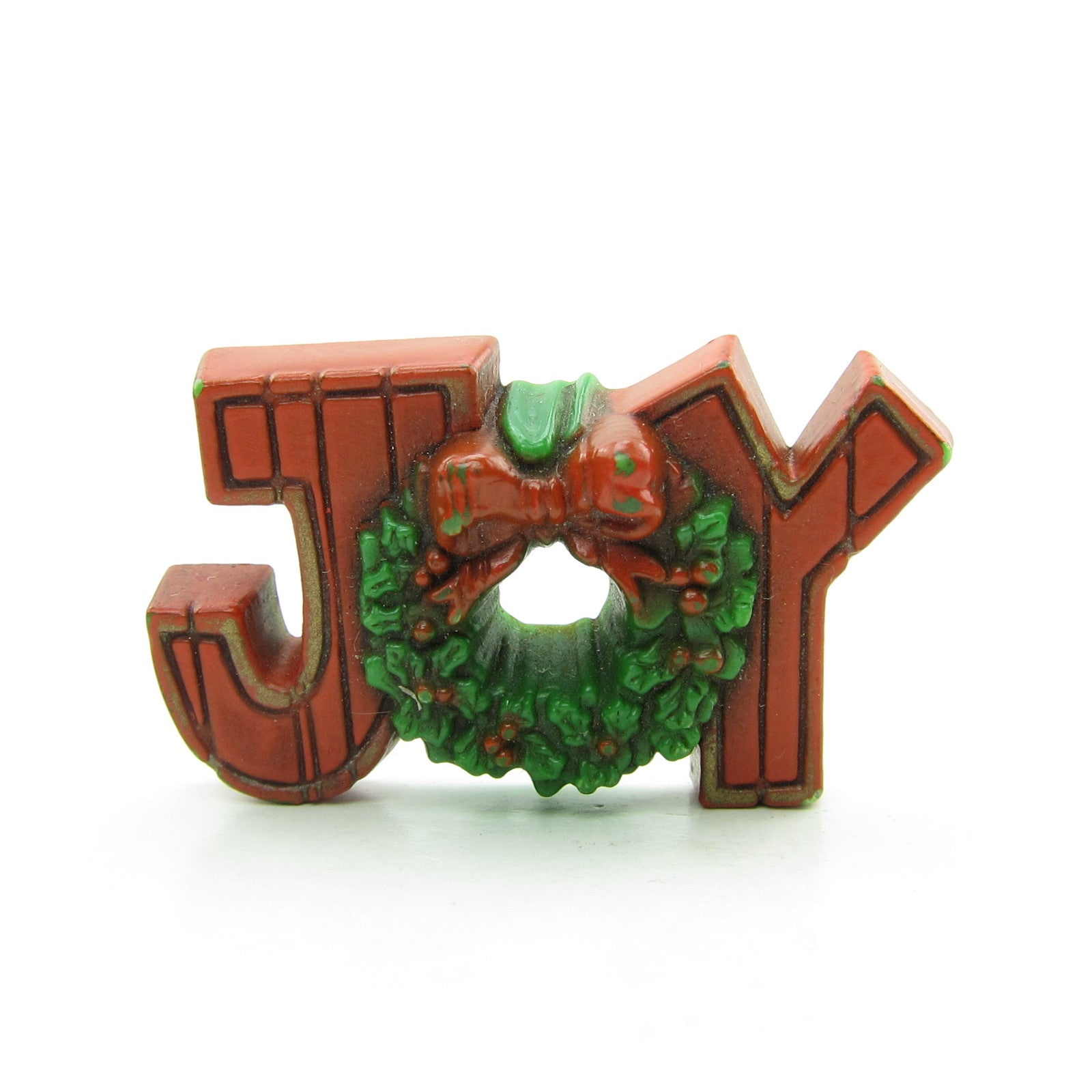 Joy Christmas sign pin with wreath