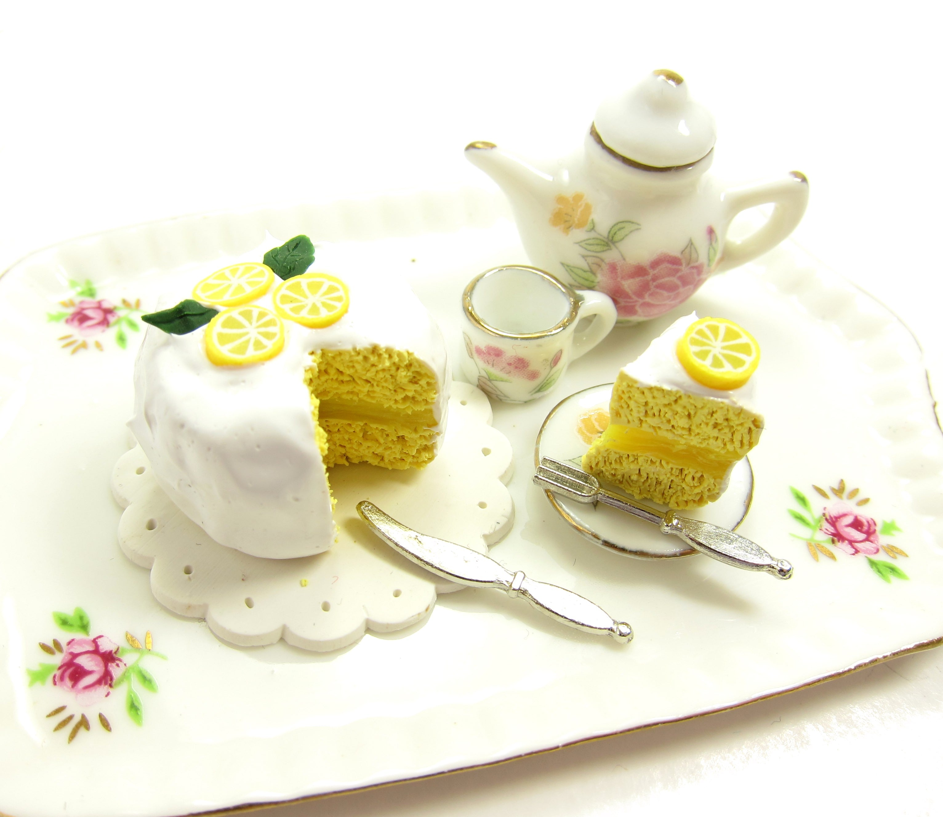 Lemon chiffon cake miniature dollhouse scale food
