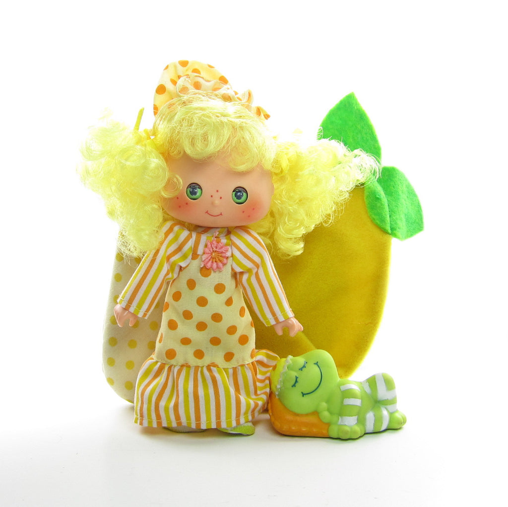Lemon Meringue Sweet Sleeper Doll with Frappe Frog Pet