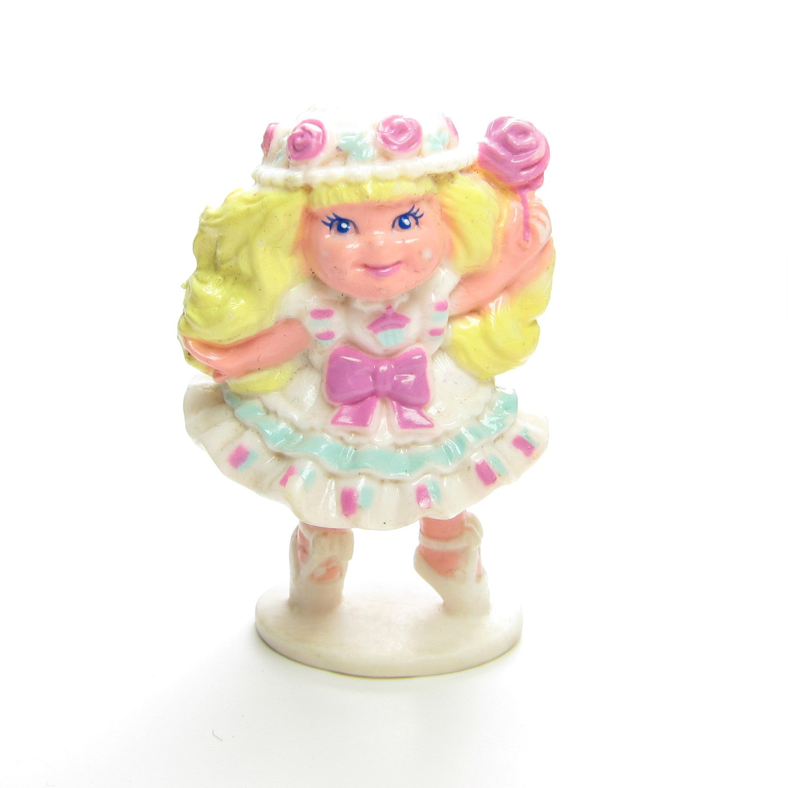 Lily Vanilly Cherry Merry Muffin miniature figurine