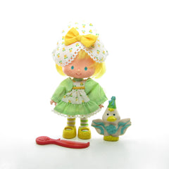 Mint Tulip Party Pleaser Strawberry Shortcake doll with pet and comb