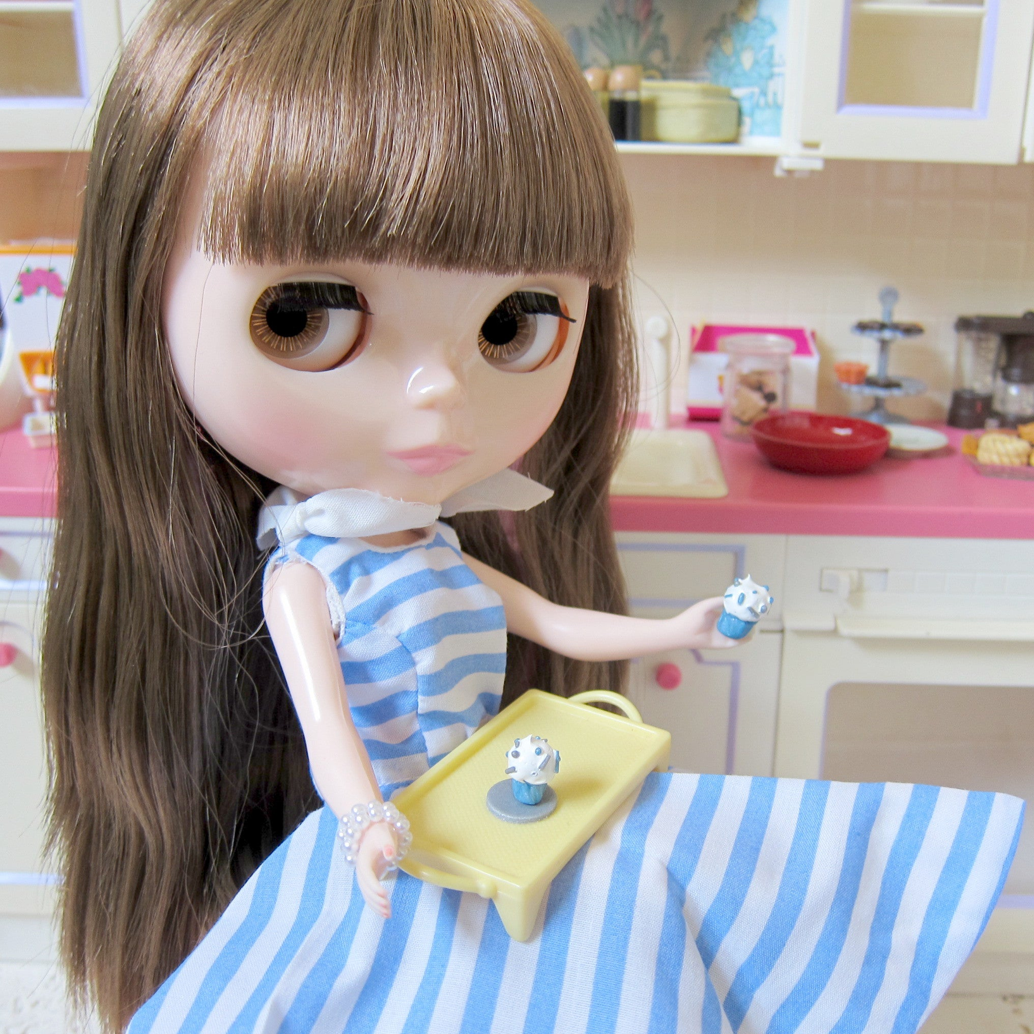 Miniature Cupcakes for Blythe, Pullip & Playscale Dolls
