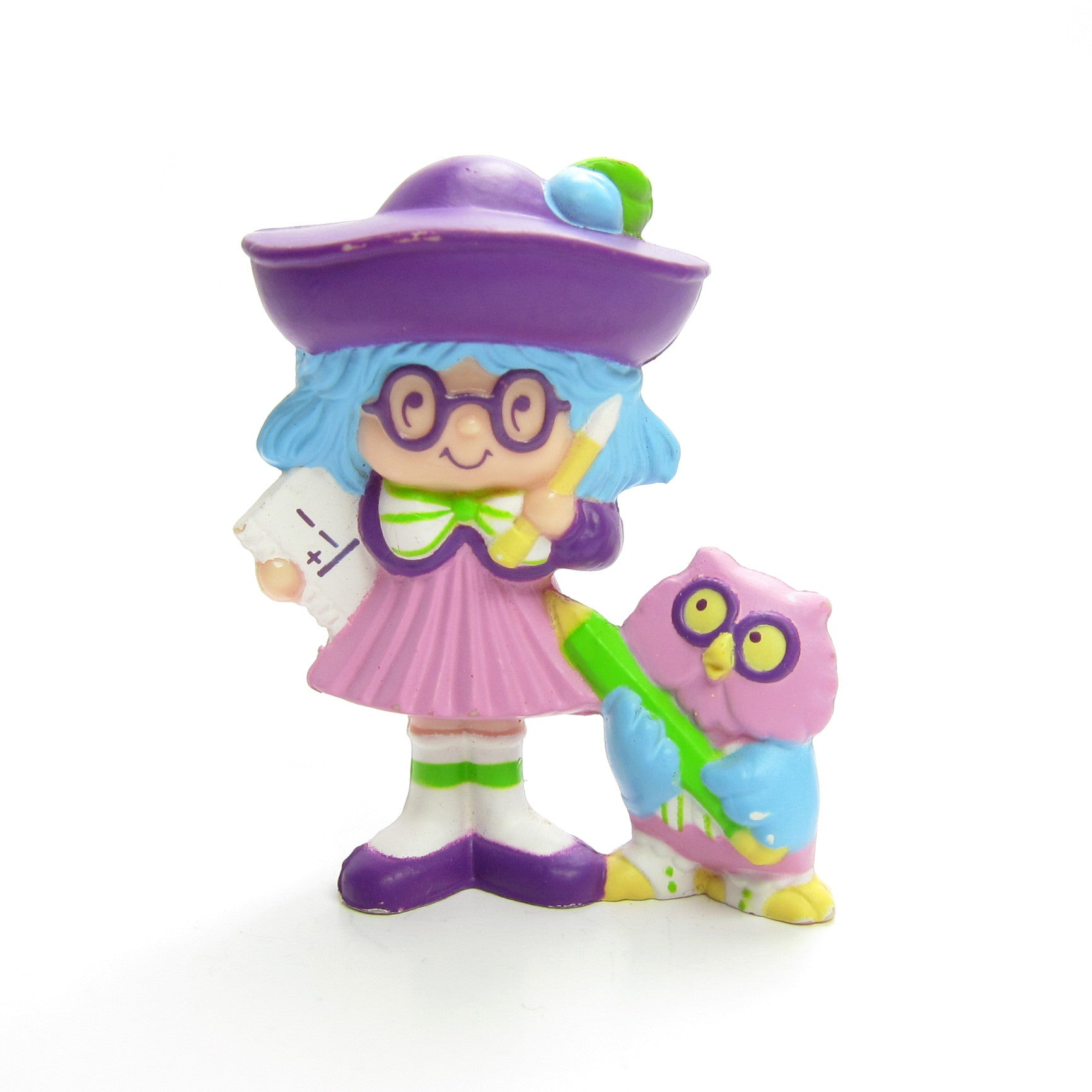 Plum Puddin at School with Elderberry Owl miniature figurine