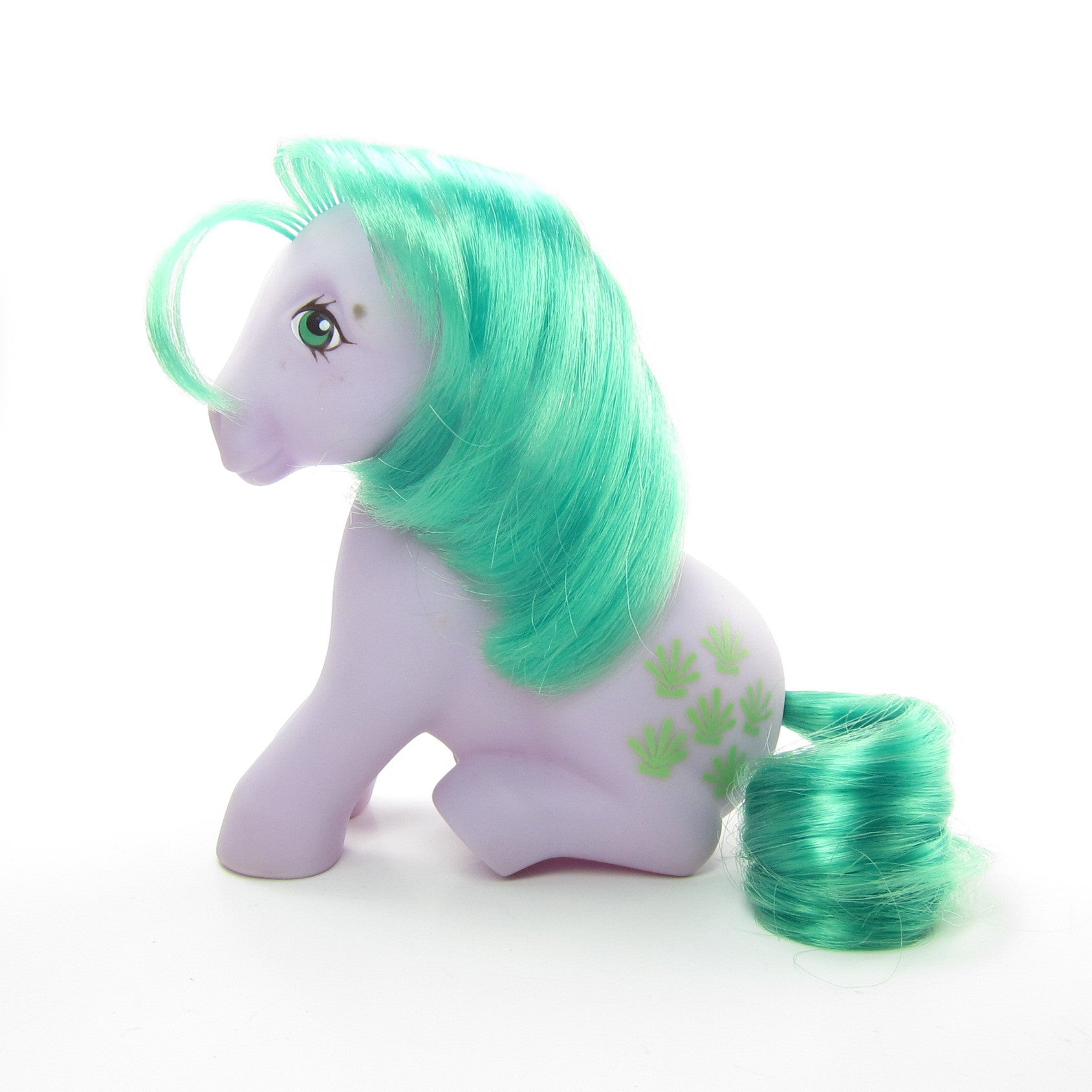 My Little Pony Seashell sitting pose