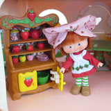 Strawberry Shortcake with hutch in Berry Dainty Dining Room