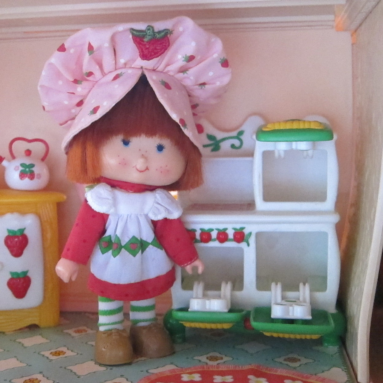 Kitchen Stove Oven For Strawberry Shortcake Berry Happy