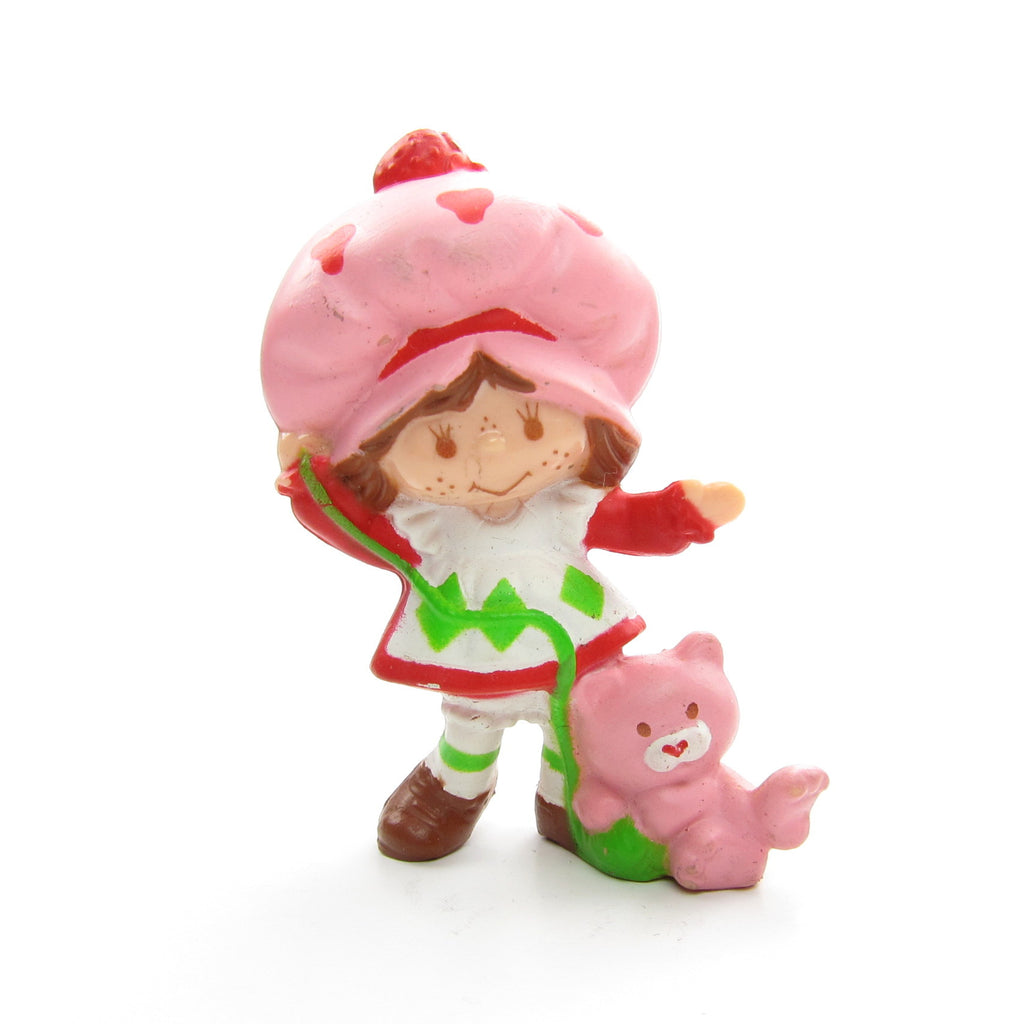 Strawberry Shortcake Playing with Custard Miniature Figurine