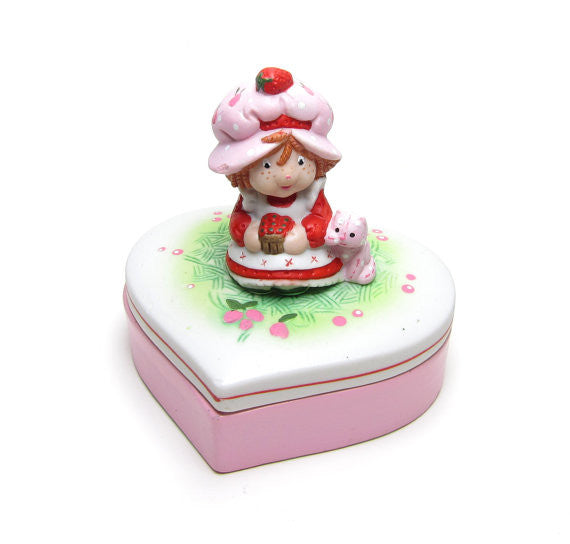 Strawberry Shortcake Heart-Shaped Porcelain Trinket Box with Lid