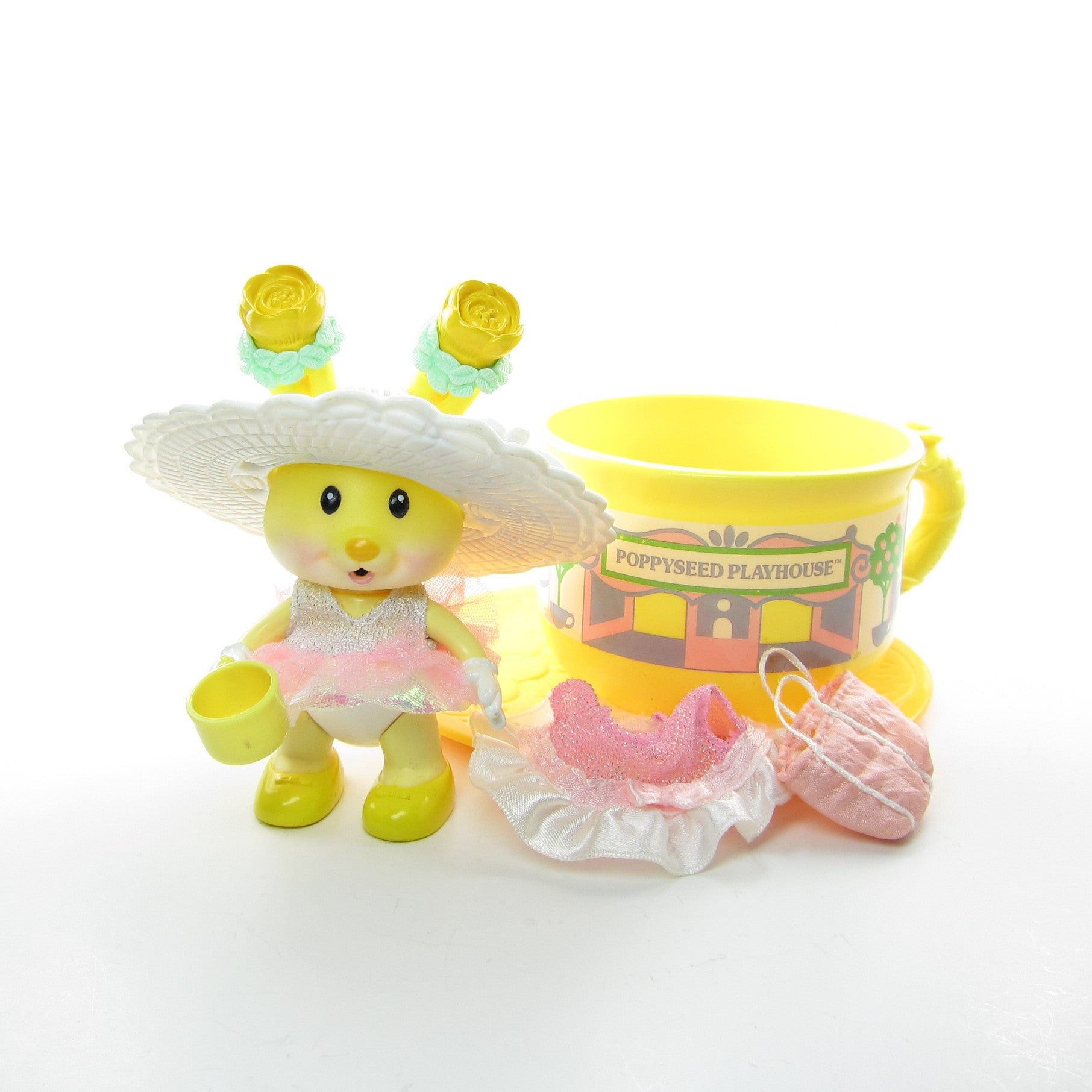 Buttercup Honey and the Poppyseed Playhouse Tea Bunnies toy