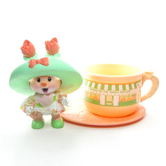 Tulip Blossom and the Greens on the Green Grocer Tea Bunnies toy