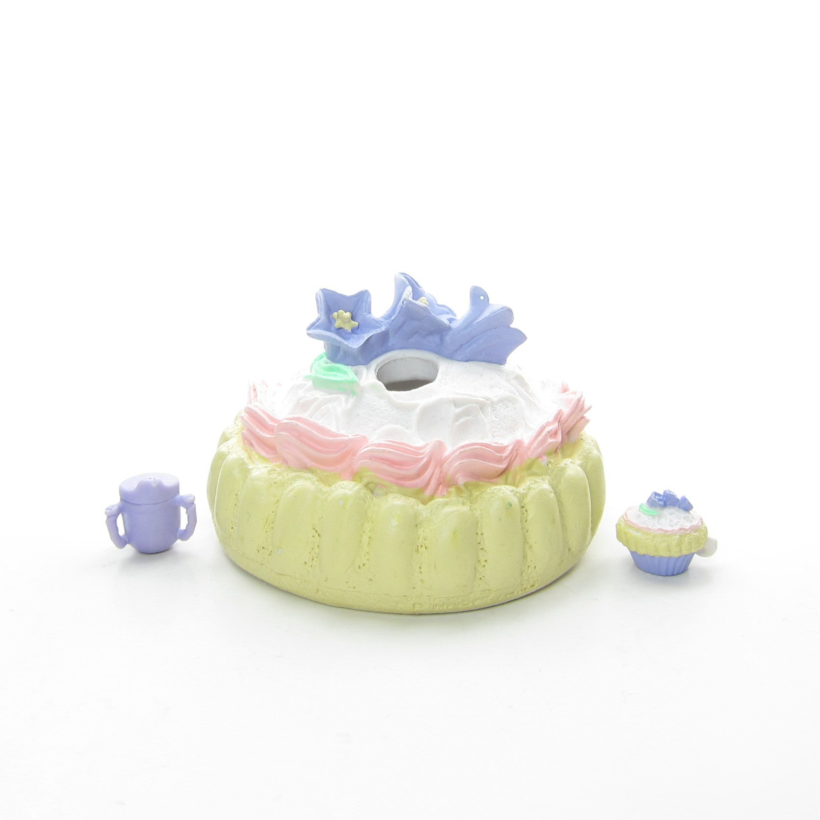 Ladyfingers cake and crib Tea Bunny Baby toy