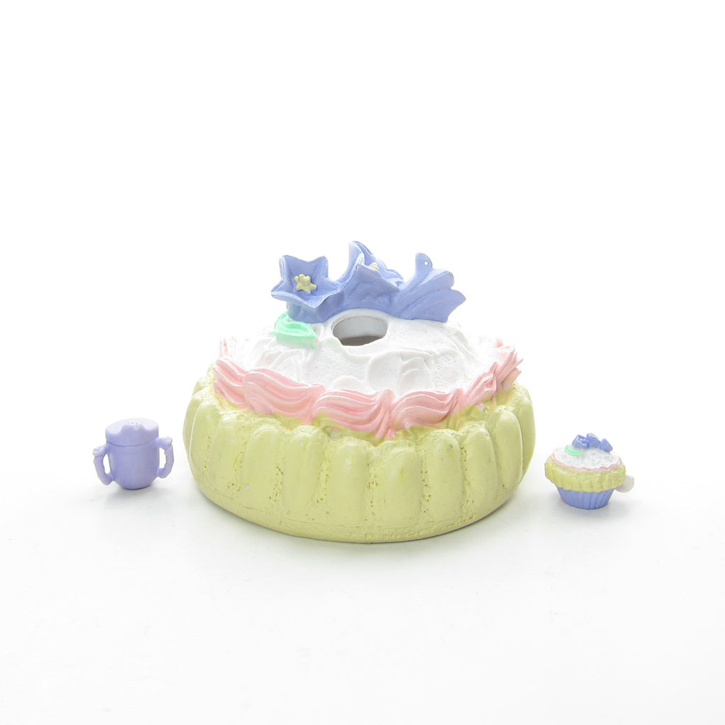 Ladyfingers Cake Crib Tea Bunnies Baby Toy with Accessories