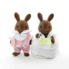 Hickory & Lilly Windward Sylvanian Families wedding couple