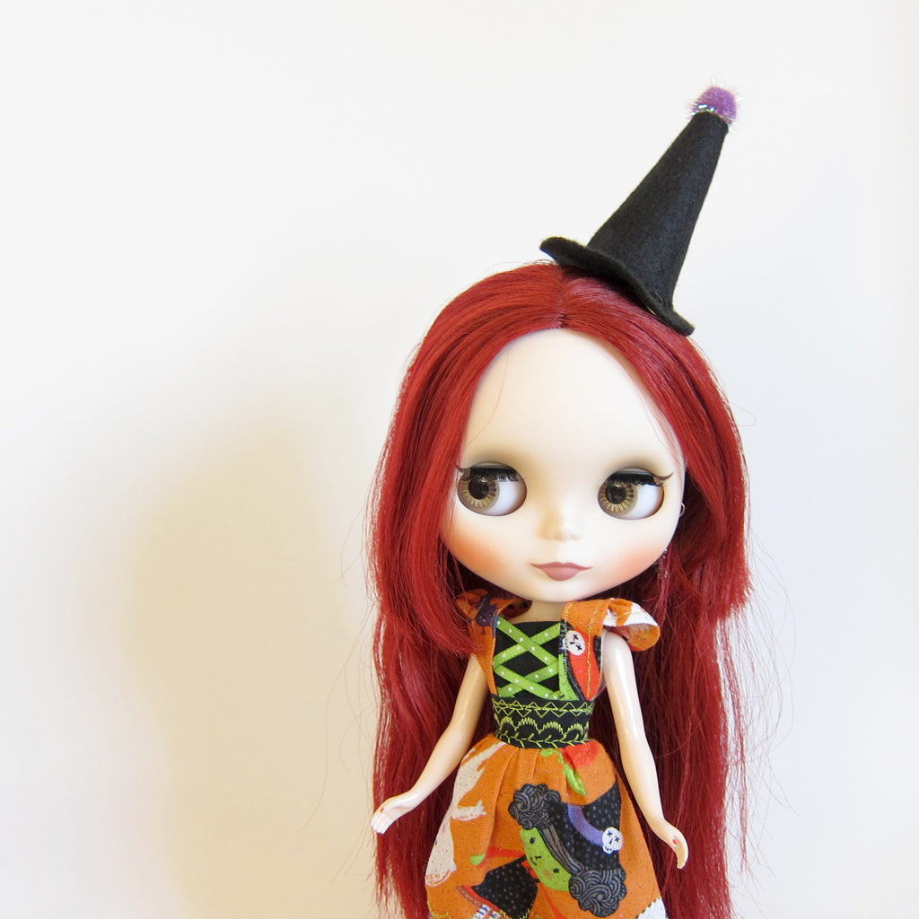 Witch Hat Miniature Black Felt Halloween Hair Clip Accessory for Dolls