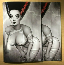Load image into Gallery viewer, Hardlee Thinn 2019 Halloween Naughty & Nice Classic Variant Set Nate Szerdy /25