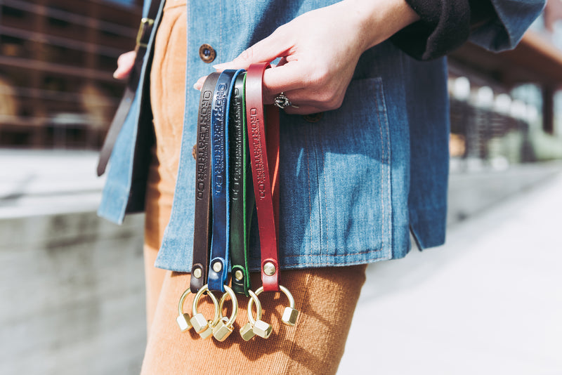 Orox Leather Co. handcrafted leather keychain with high quality luxury craftsmanship made to last a lifetime, made for men and women to stay organized and travel in fashion.