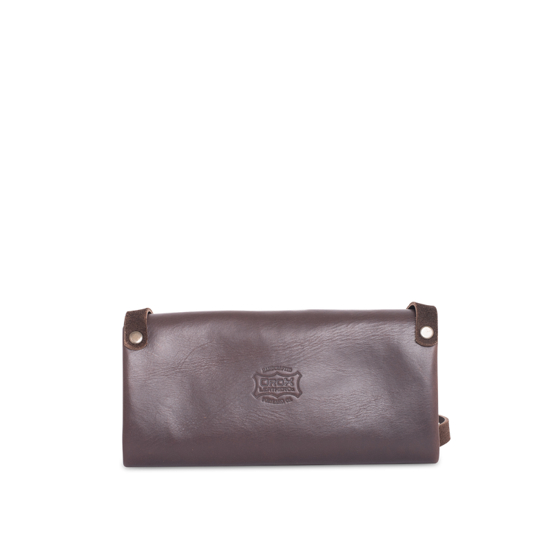 Orox Leather Co. handcrafted leather crossbody wallet with high quality luxury craftsmanship made to last a lifetime, made for men and women to stay organized and travel in fashion.