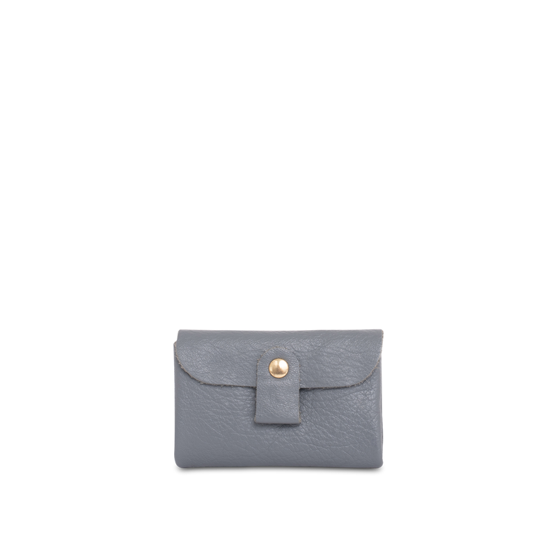 Orox Leather Co. handcrafted soft leather cardholder with high quality luxury craftsmanship made to last a lifetime, made for men and women to stay organized and travel in fashion.