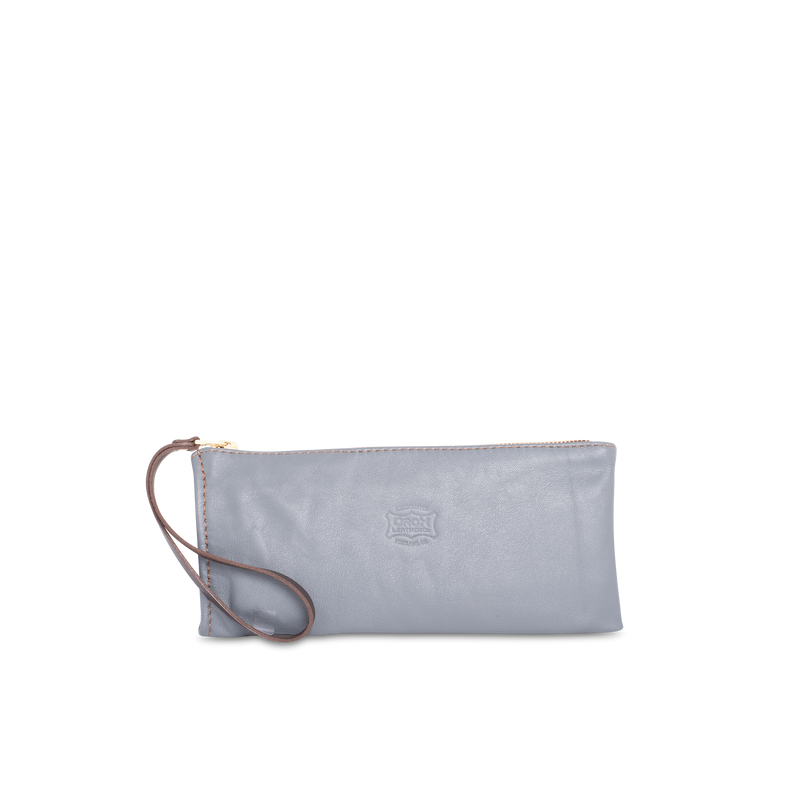 Orox Leather Co. handcrafted zippered pouch with high quality luxury craftsmanship made to last a lifetime, made for men and women to stay organized and travel in fashion.