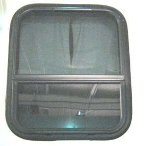 "Airstream 8"" Vented Window, 19.25"" x 22.75"" - 371381-02"