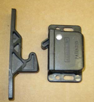 Airstream Catch Grabber Door Latch, 5 LB - 381228-02