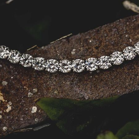 8mm Round Cut Tennis Bracelet in White Gold