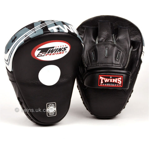 Twins PML10 Curved Leather Focus Mitts