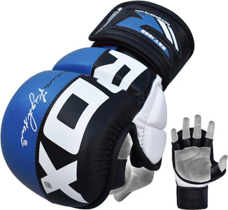 RDX T6 Blue Rex Grappling Glove Action shot