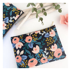 Pochette Rifle Paper & Co - Rosa Noir et Rose