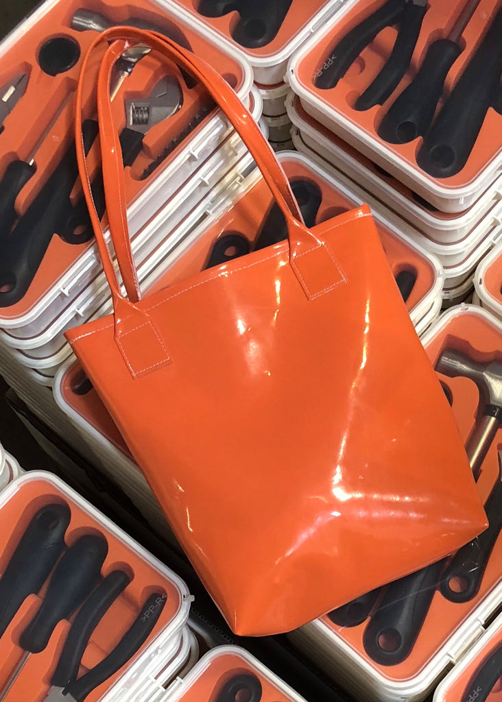 Kelly Tote - Orange Patent