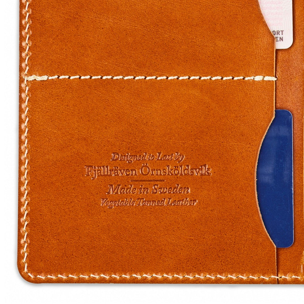 Övik Leather Passport Cover - Leather Cognac