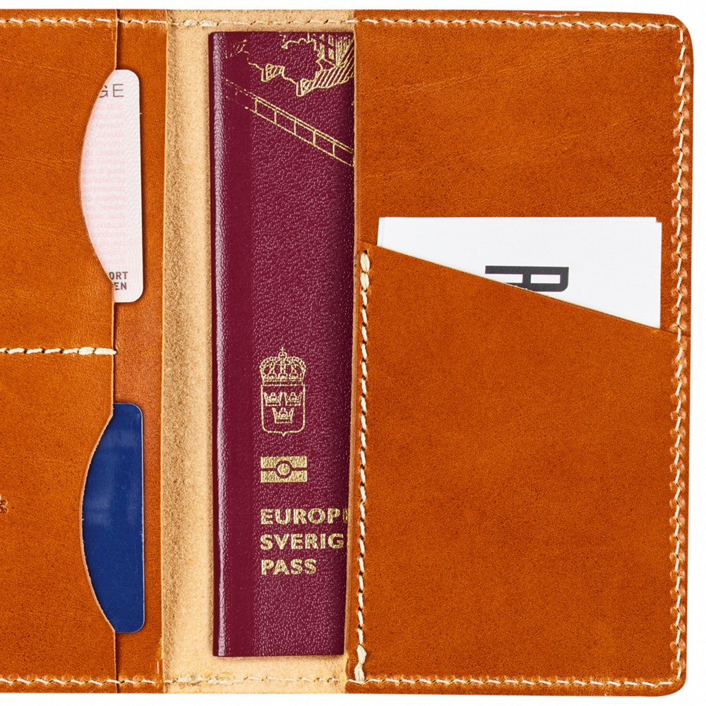 Övik Passport Cover - Leather Cognac