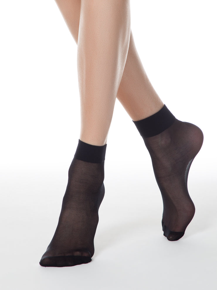 Black sheer nylon socks Conte Elegant Tension 20 den