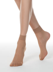 Skin color sheer nylon socks Conte Elegant Tension 20 den
