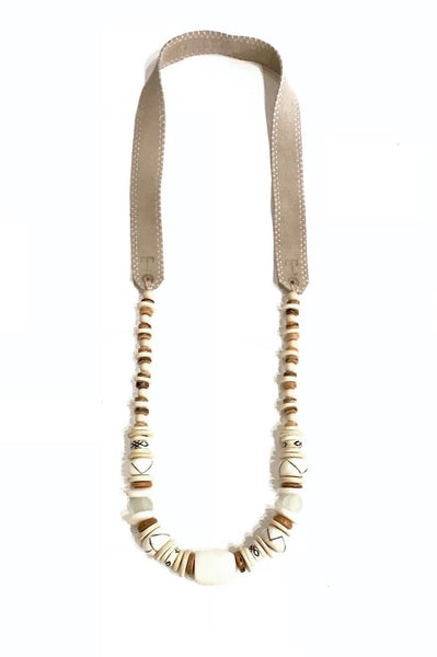 Long Classic  Necklace - Black & White