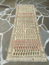 Load image into Gallery viewer, Beautiful Vintage Persian Runner