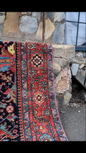 Load image into Gallery viewer, vintage Persian Heriz Serapi rug