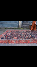 Load image into Gallery viewer, vintage Persian Rug