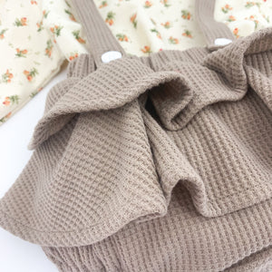 Waffle frill bloomers come as part of our set for baby girls. Girls collections exclusive to Bel Bambini baby boutique.